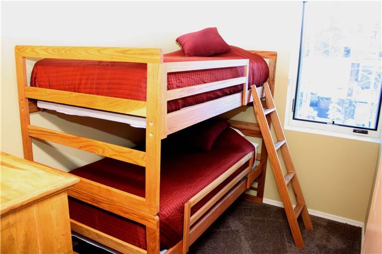 mill-run-5-bedroom-3