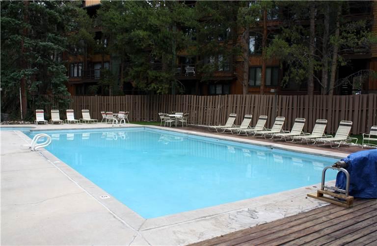 the-lift-210-pool