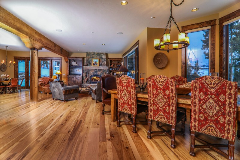 alpenglow-peaks-lodge-dining-room
