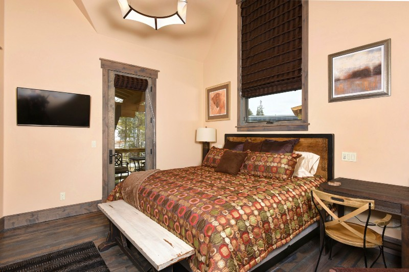 base-camp-shockhill-landing-14-bedroom