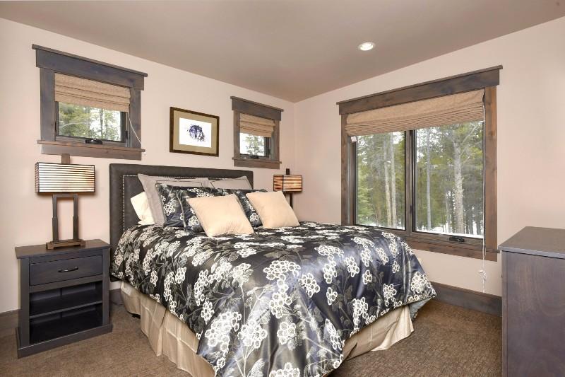 base-camp-shockhill-landing-24-bedroom