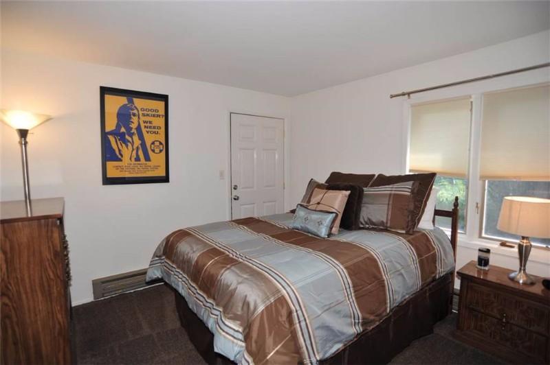 asgard-haus-201-07-bedroom