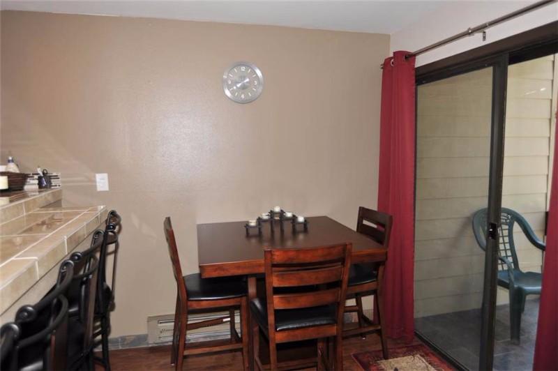 asgard-haus-201-09-dining-room