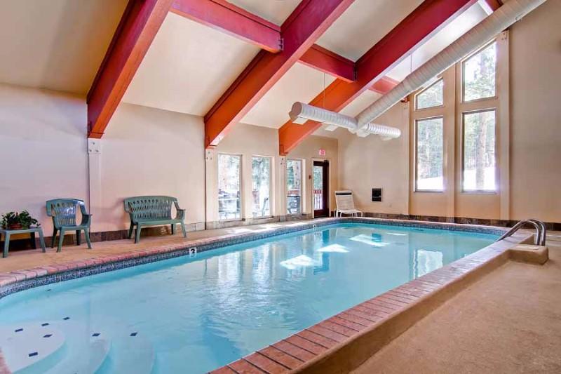tyra-i-a2f-07-swimming-pool