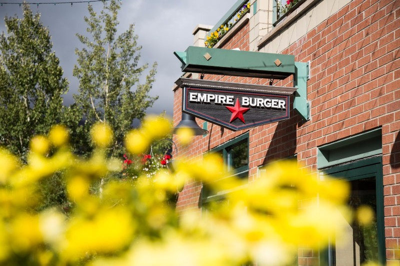 empire-burger-01-exterior