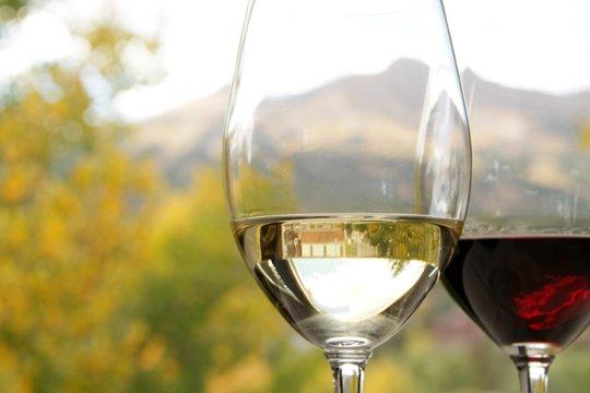 hearthstone-restaurant-10-wine
